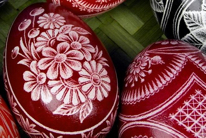 Wielkanocne ozdoby w mieszkaniu – zrób to sam!